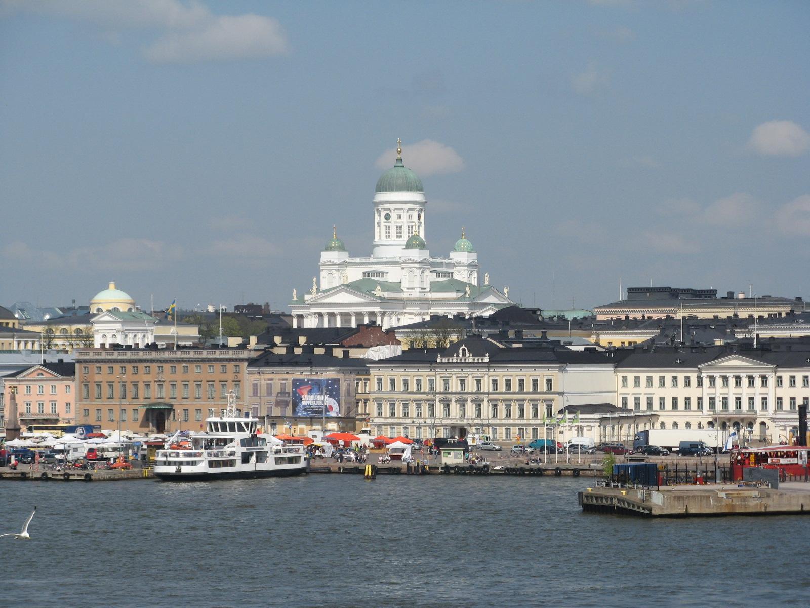 Helsinki-by-the-sea-FlickrCC-HannuMakarainen